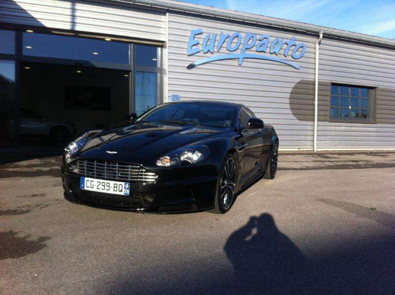Aston Martin DBS Carbon Edition 517CH Touchtronic